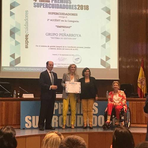Grupo Peñarroya recibe el Premio Supercuidadores 2018 Holiday World Resort