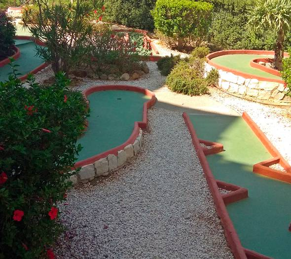Mini golf riwo hotel benalmádena