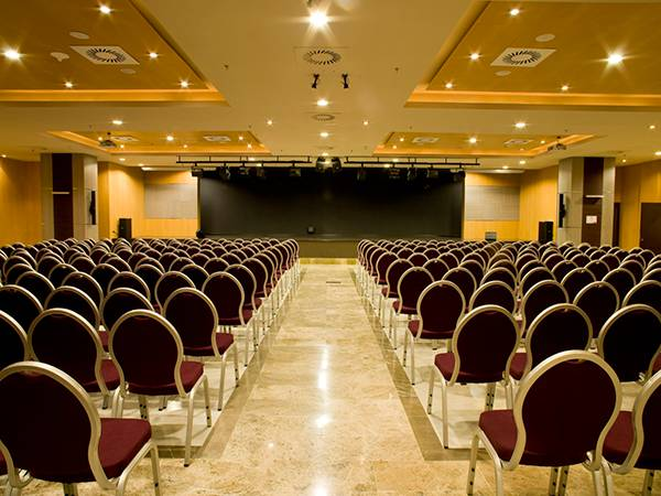 Auditorium Antonio Valero Holiday World Resort