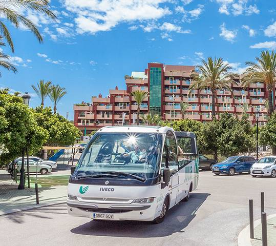 Shuttle bus holiday world riwo hotel benalmádena